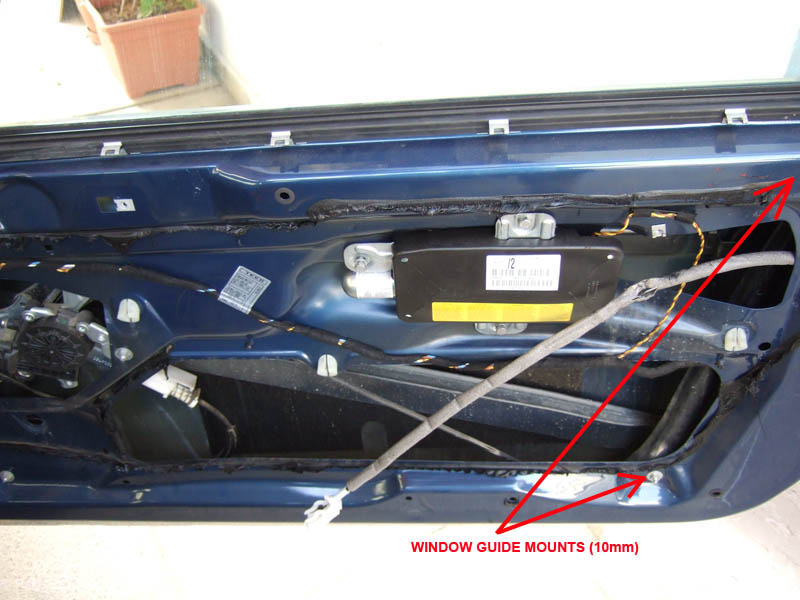 04 diy door lock actuator removal & attempt of repair e46fanatics E46 BMW 330Ci Engine Diagram at gsmx.co