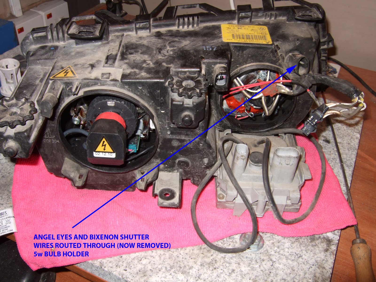 DSCF1343 official diy quad bi xenon conversion complete with more than bmw e46 headlight wiring diagram at gsmx.co